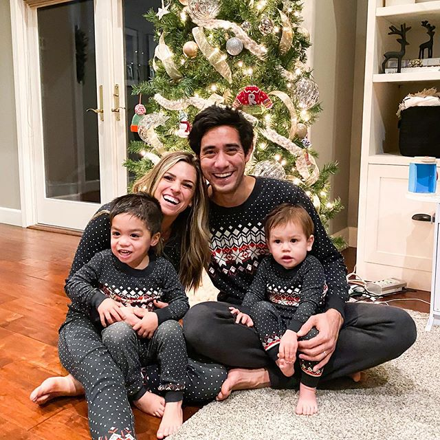 Zach-King-with-his-wife-and-children-