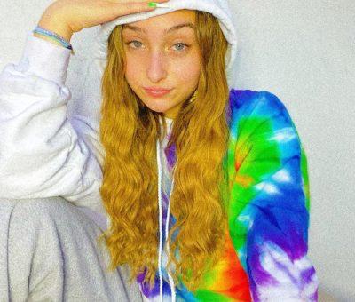McKenzi-Brooke-bio