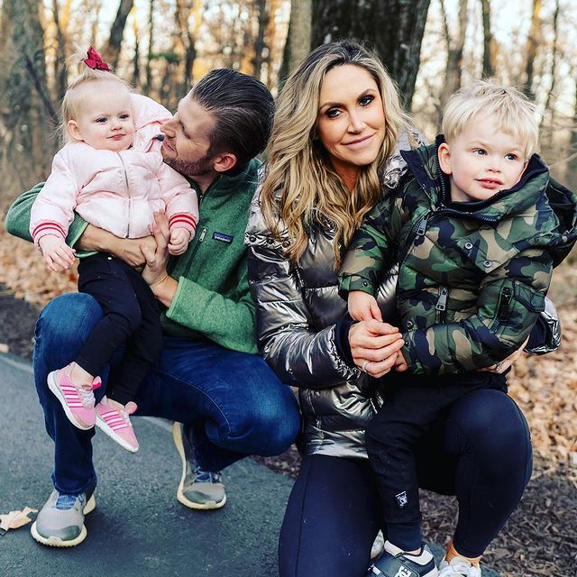 Lara-Trump-with-her-family