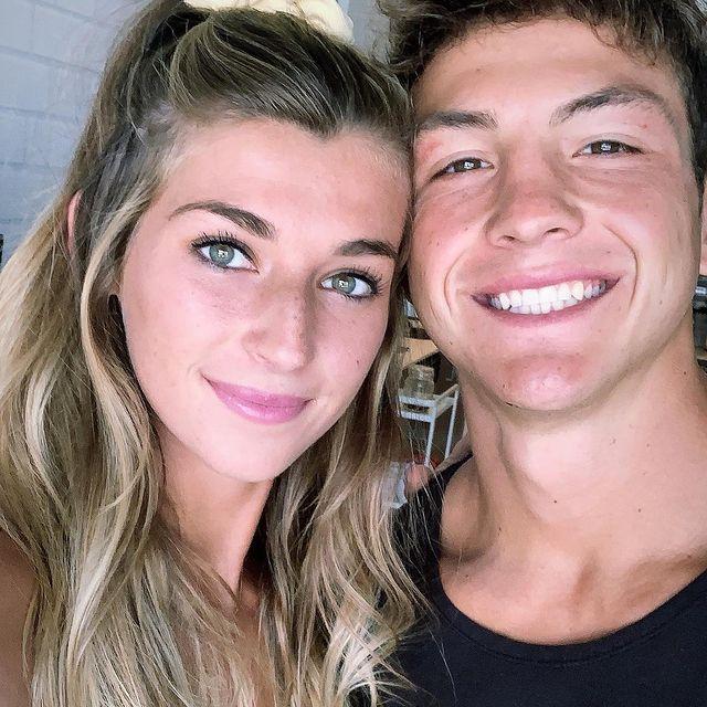 Josh-Brueckner-with-his-girlfriend-starsgab