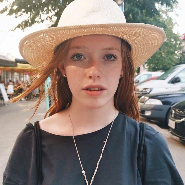 Amybeth-McNulty-height