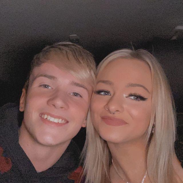 Dawson-Day-with-his-girlfriend