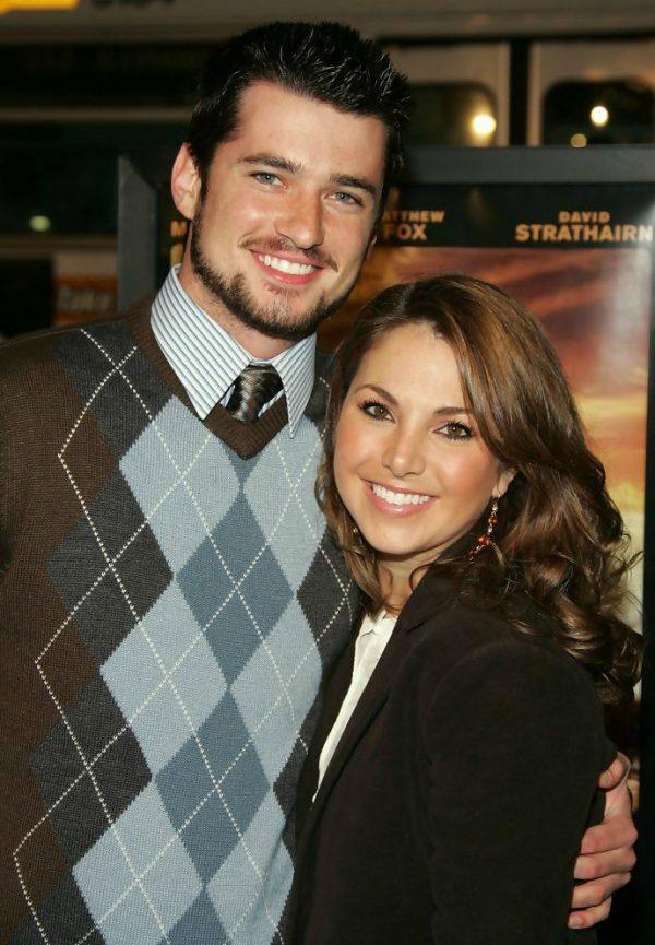 Amanda-Moye-Brown-with-her-husband-image