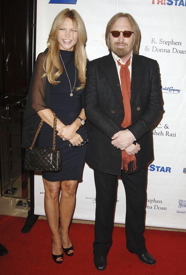 Dana-York-with-her-husband-image