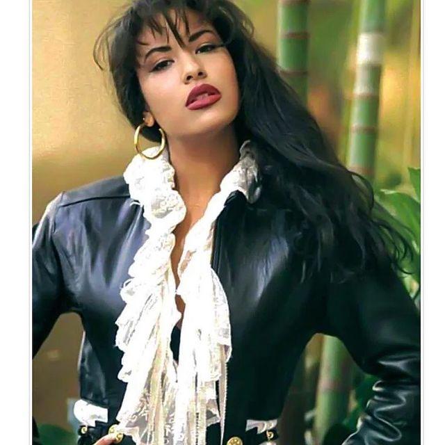 Selena-Quintanilla-height