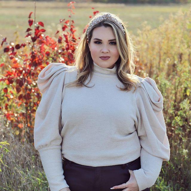 Sarah-Rae-Vargas-bio