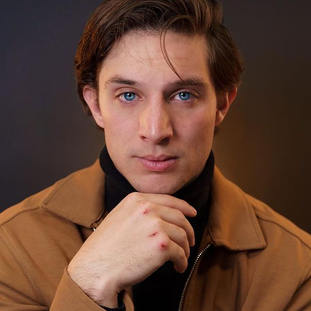 Christian-Seavey-Bio