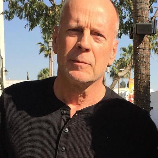 Bruce-Willis-facts