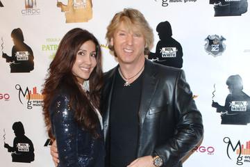 Sasha-Blakey-with-her-husband-image