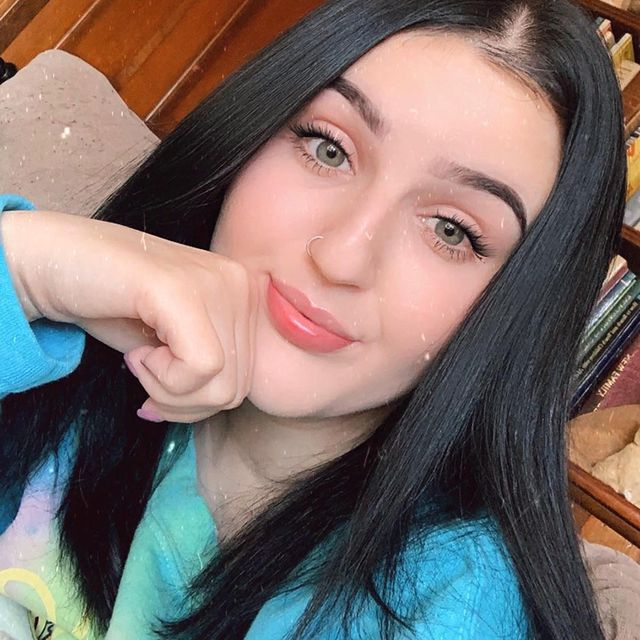 Mikayla-Nogueira-bio