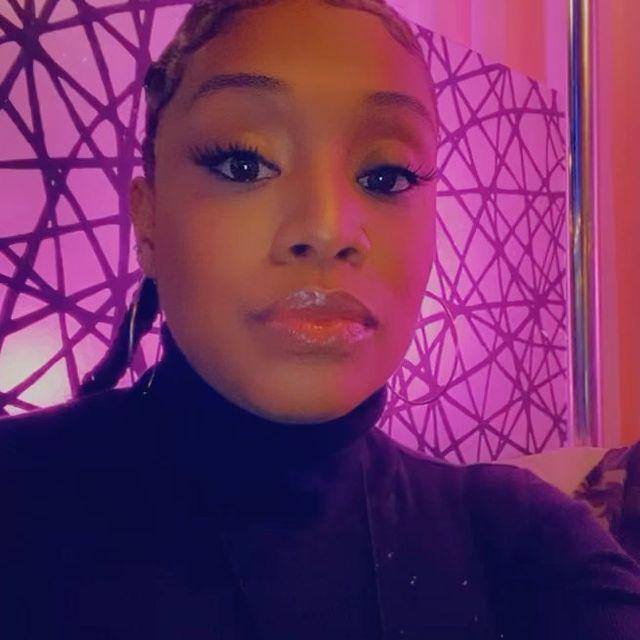 Tacarra-Williams-bio