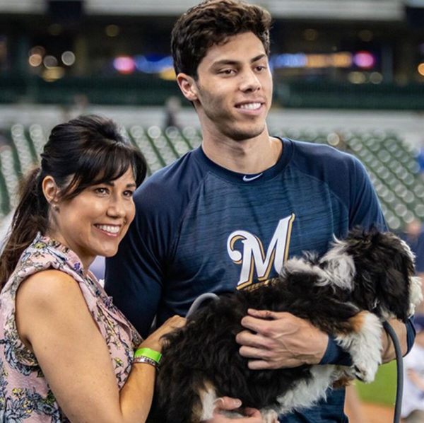 Alecia-Yelich-with-her-son-image