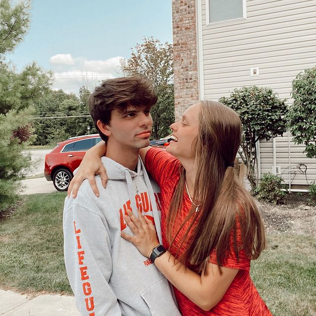 Braxton-Comer-with-his-girlfriend