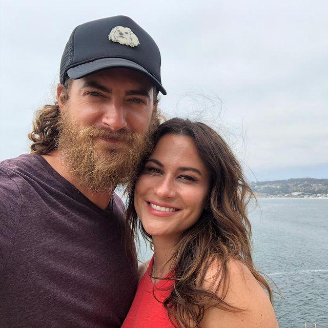Rhett-McLaughlin-with-his-wife