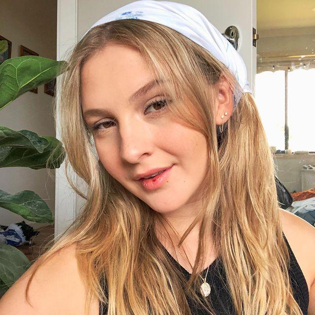 Lily-Grace-bio