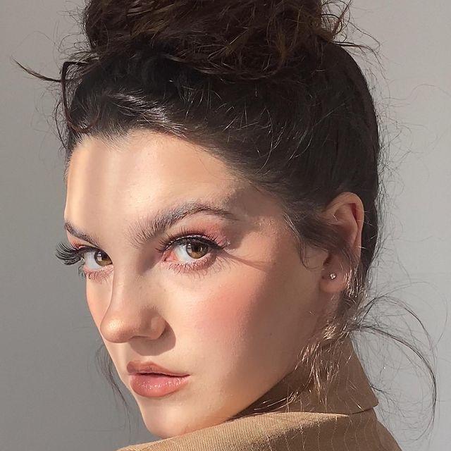 Emily-Carey-bio