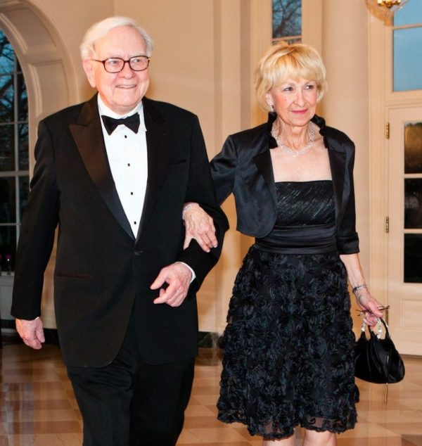 Astrid-Menks-with-her-husband-Image