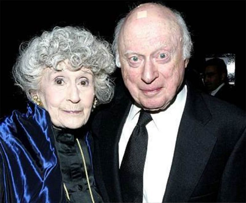 Norman-Lloyd-with-his-wife-Image