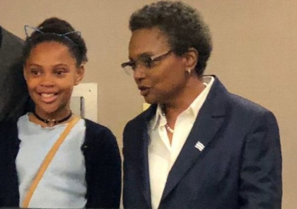 Vivian-Lightfoot-with-her-mother-image