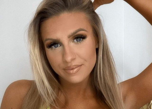 Chloe-Burrows-image