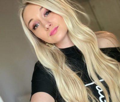 Tasia-Alexis-bio