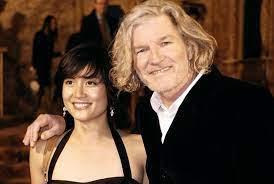 Marie-Azcona-with-her-husband-image