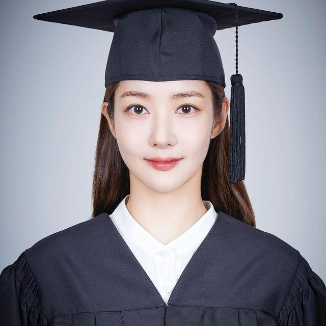 Minyoung-career