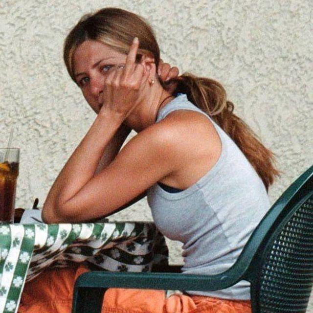 Jennifer-Aniston-height