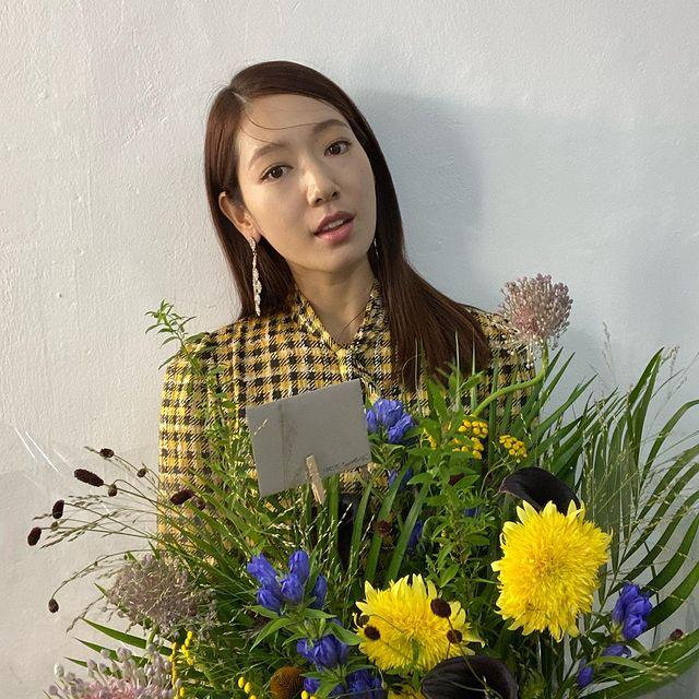Park-Shin-hye-bio